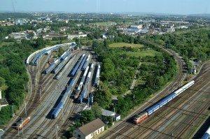 Současné odstavné brněnské nádraží. Vlevo trať na Vranovice a Vídeň. Mezi trati na jih a odstavným nádražím je trať na Vyškov. Foto autor.