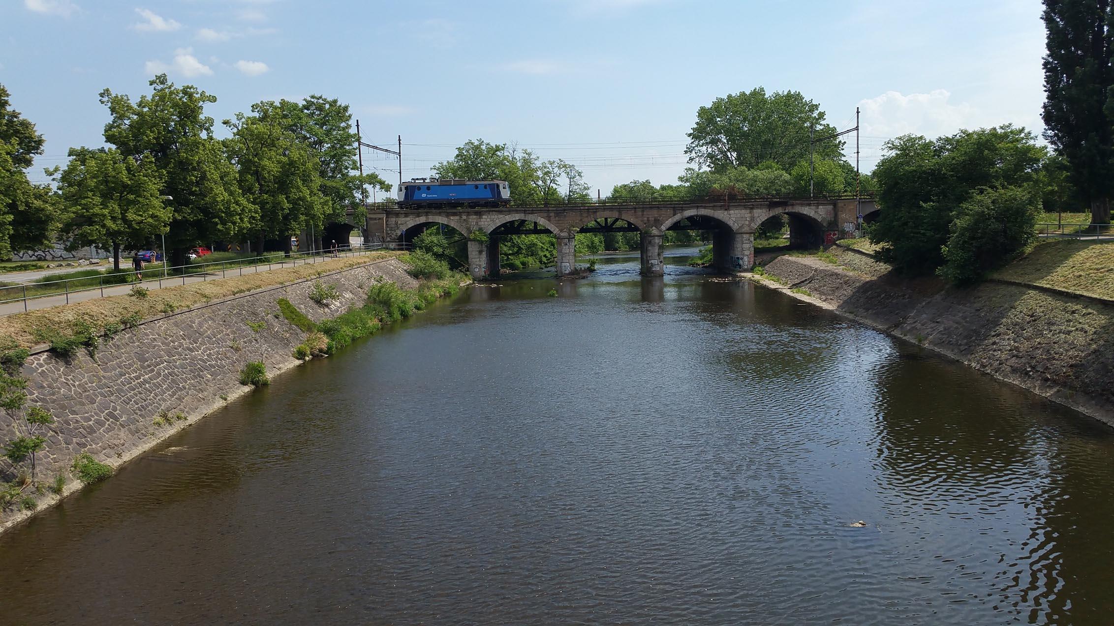 Viadukt na řece Svratce v Brně, jaro 2018