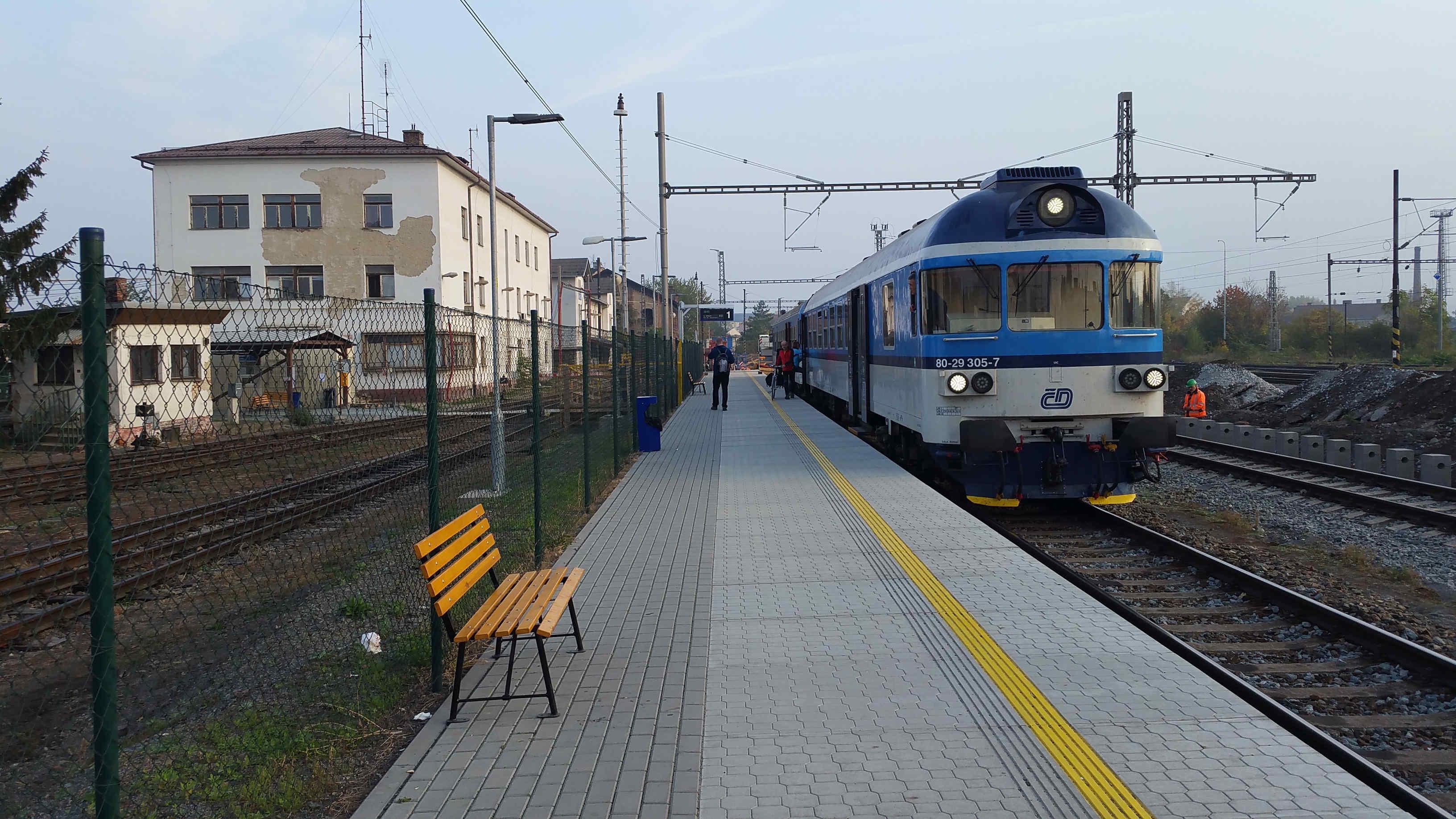 Na I.nástupišti brněnského Dolního nádraží