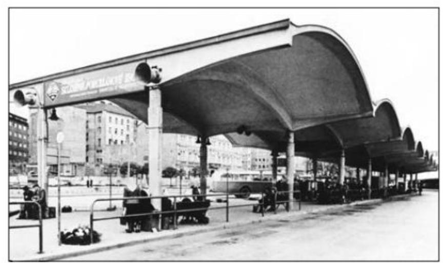 Autobusové nádraží u Grandu, původní návrh od B.Fuchse