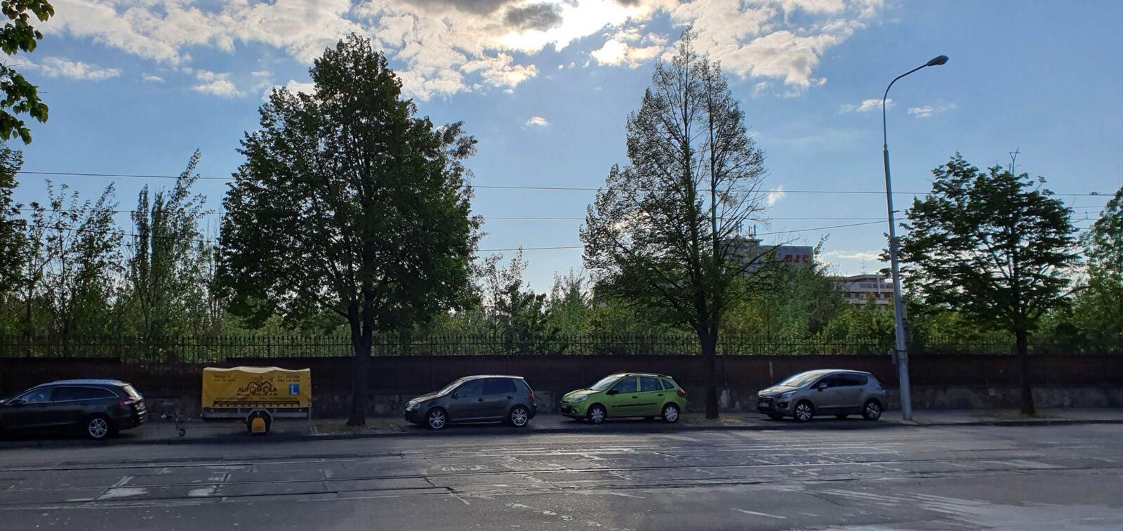 Šumavská parkování na ulici