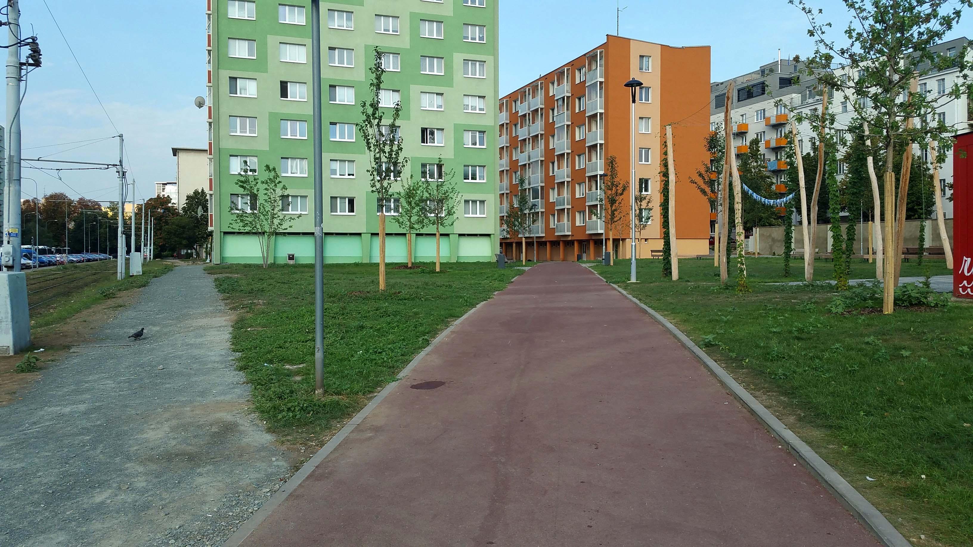 Cesta z Mendlova náměstí