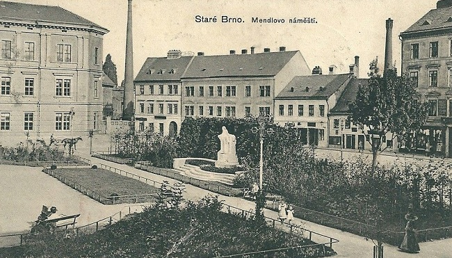 Mendlovo náměstí před sto léty