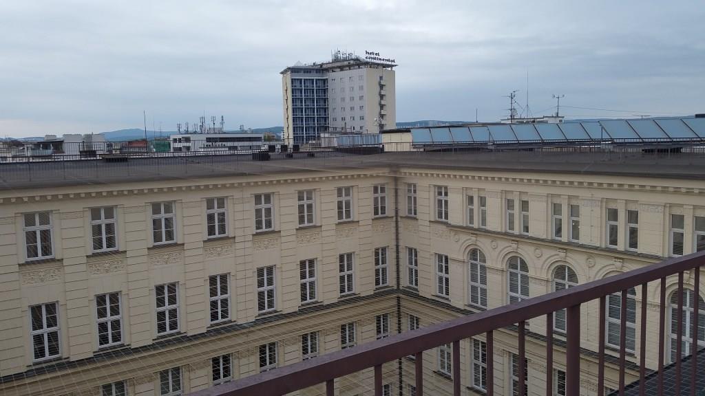 Na střeše Krajského úřadu v Brně