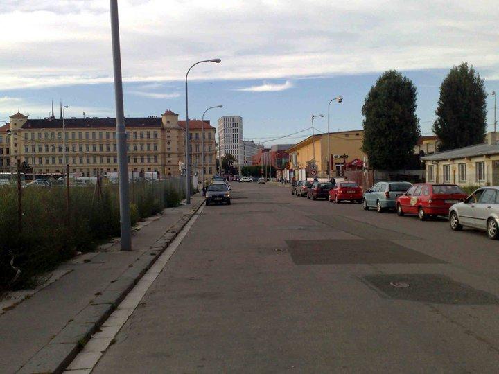 Ulice Rosická v roce 2010