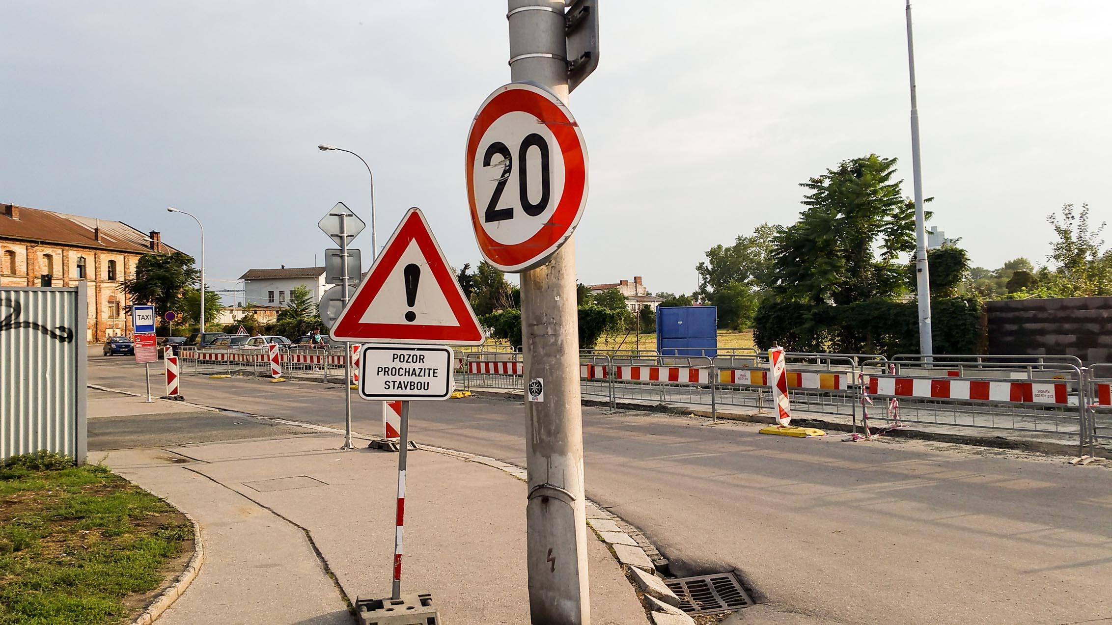 Oprava cesty na Dolní nádraží, podzim 2018