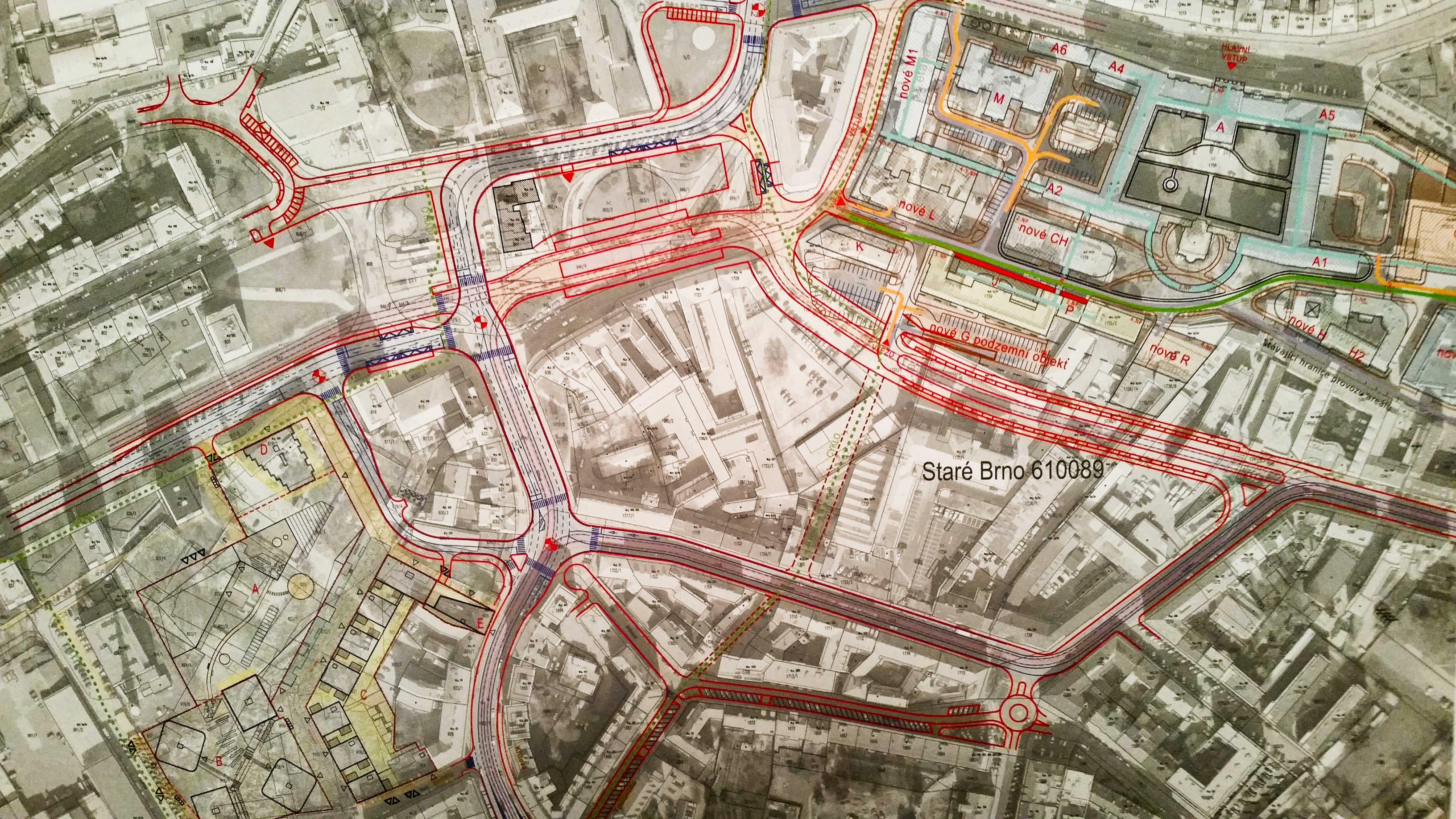 Celkový pohled na plánované dopravní řešení Mendlova náměstí