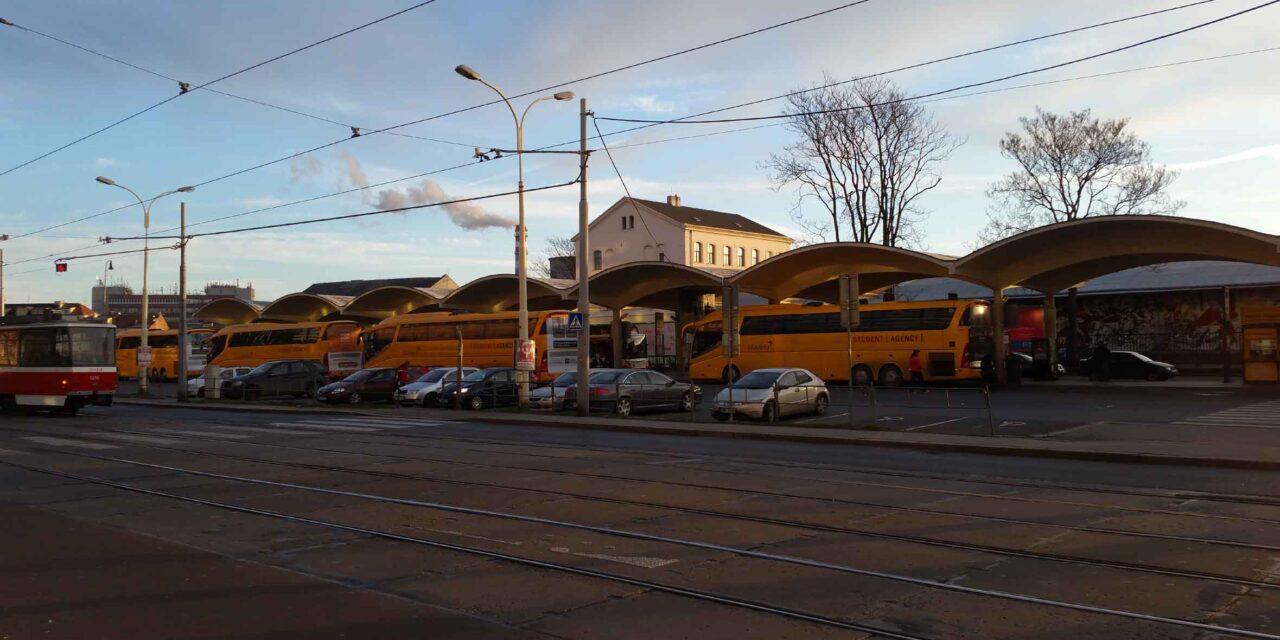 Autobusové nádraží v Brně u Grandu