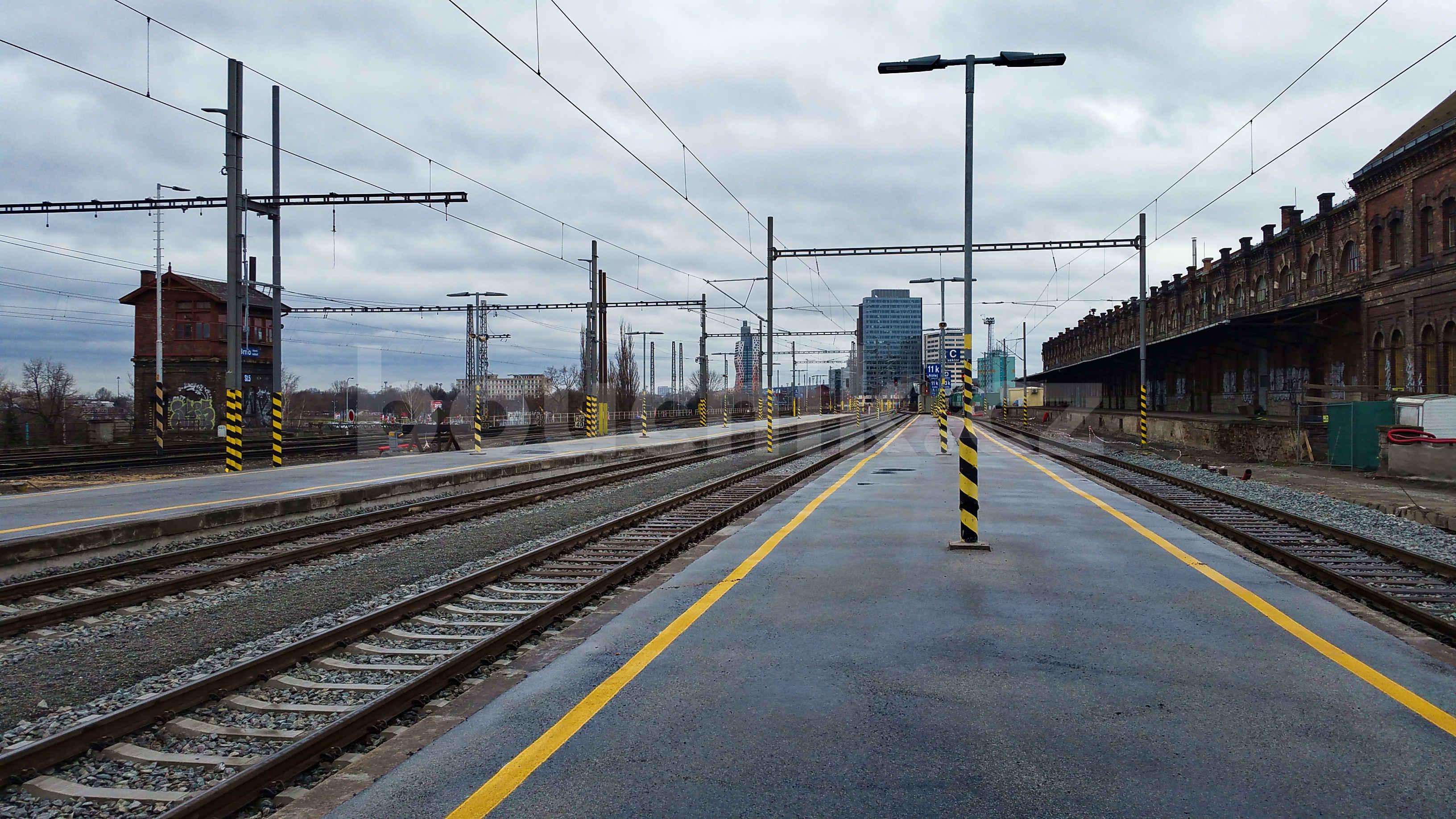 V. a VI.nástupiště na počátku roku 2019