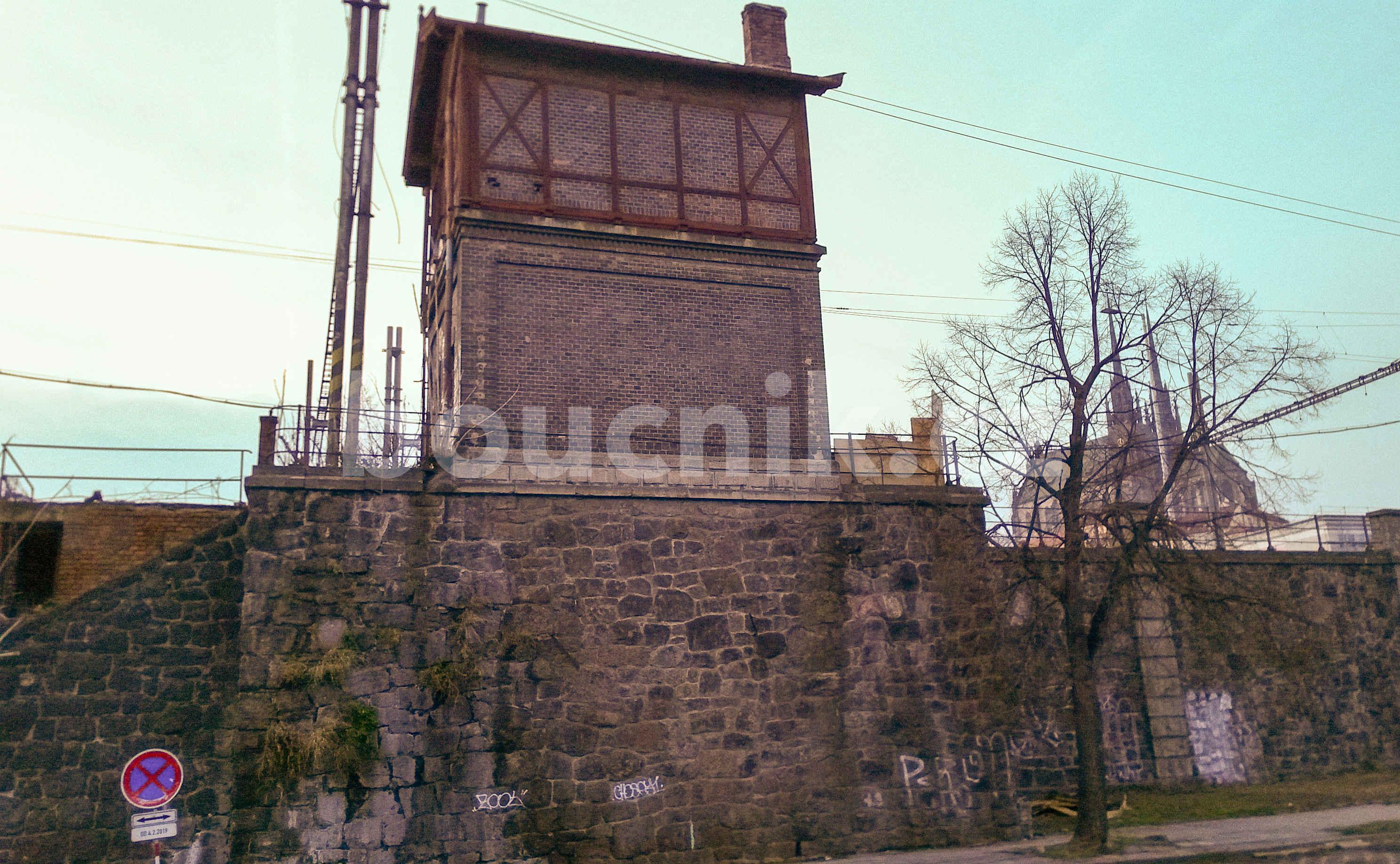 Pohled na Stavědlo z ulice Uhelná