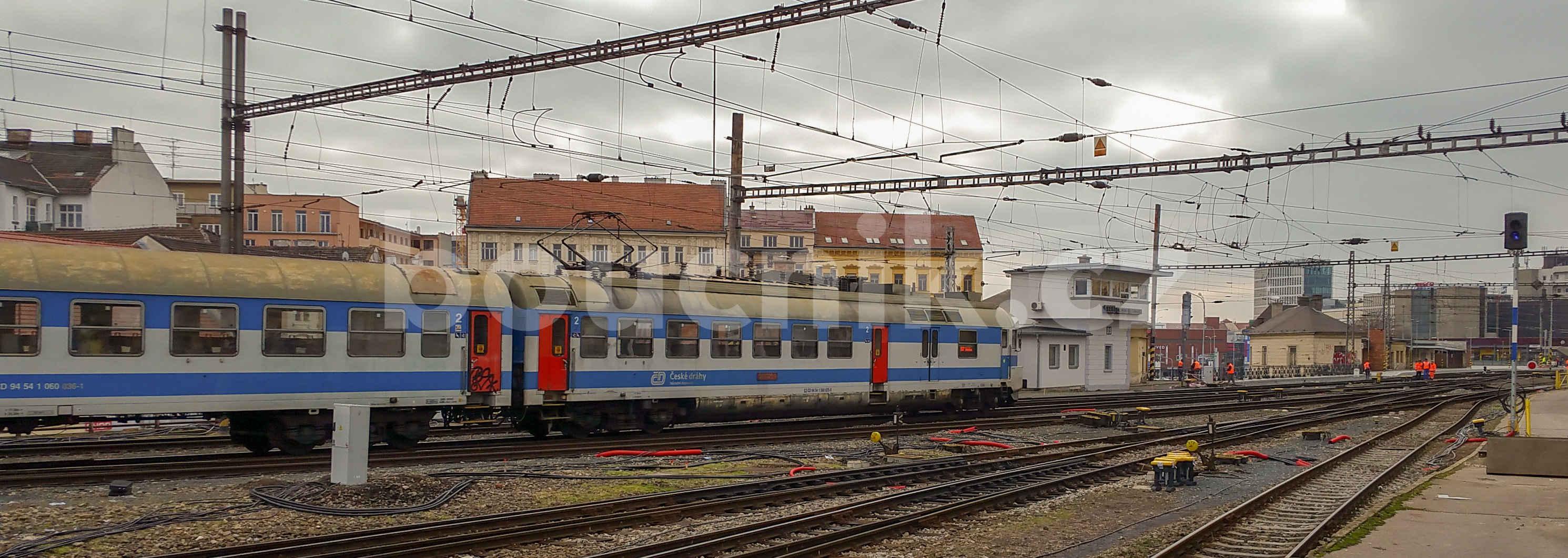 Pantograf na hlavním brněnské nádraží