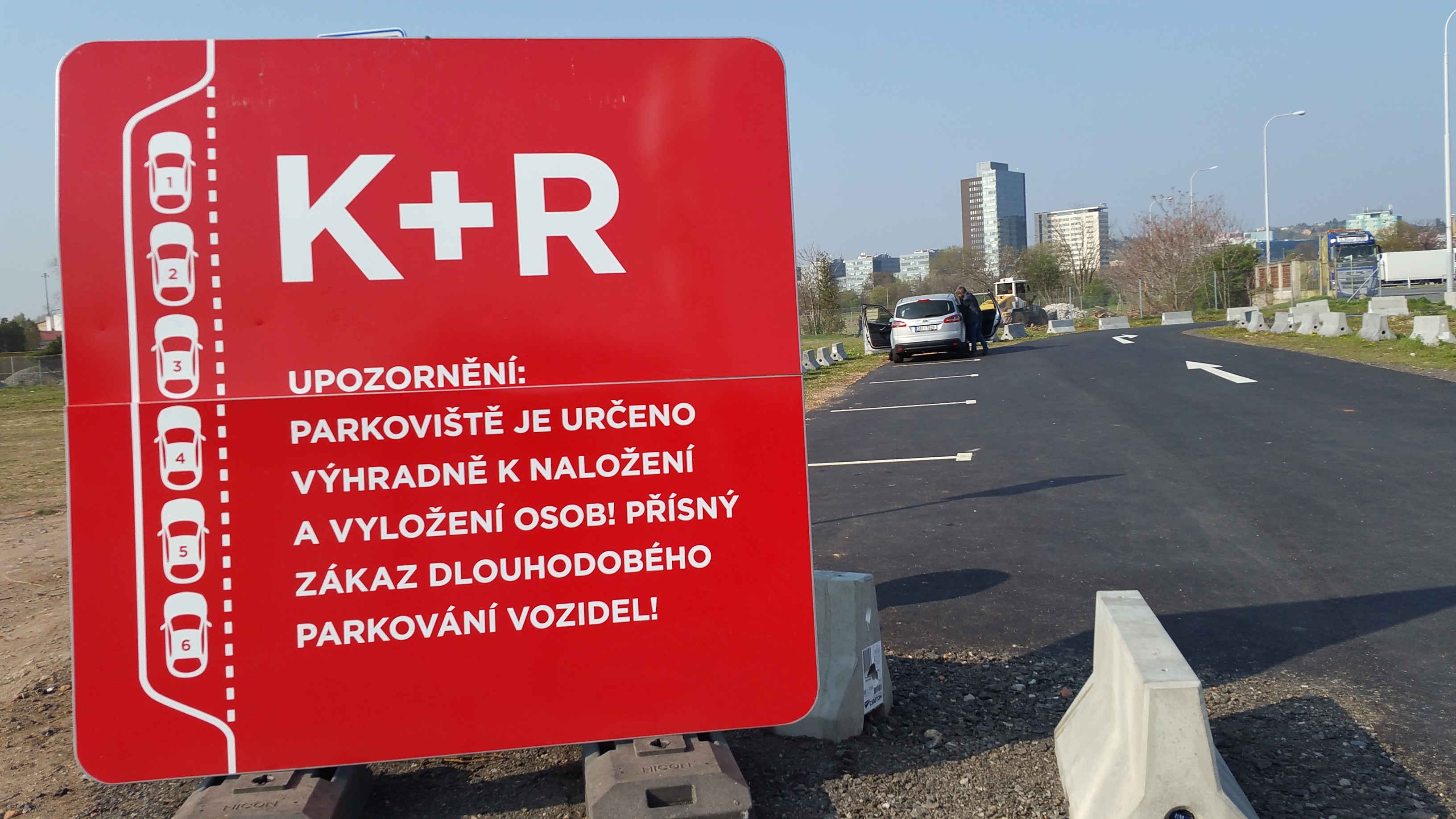 Nové parkoviště K + R před brněnským nádražím