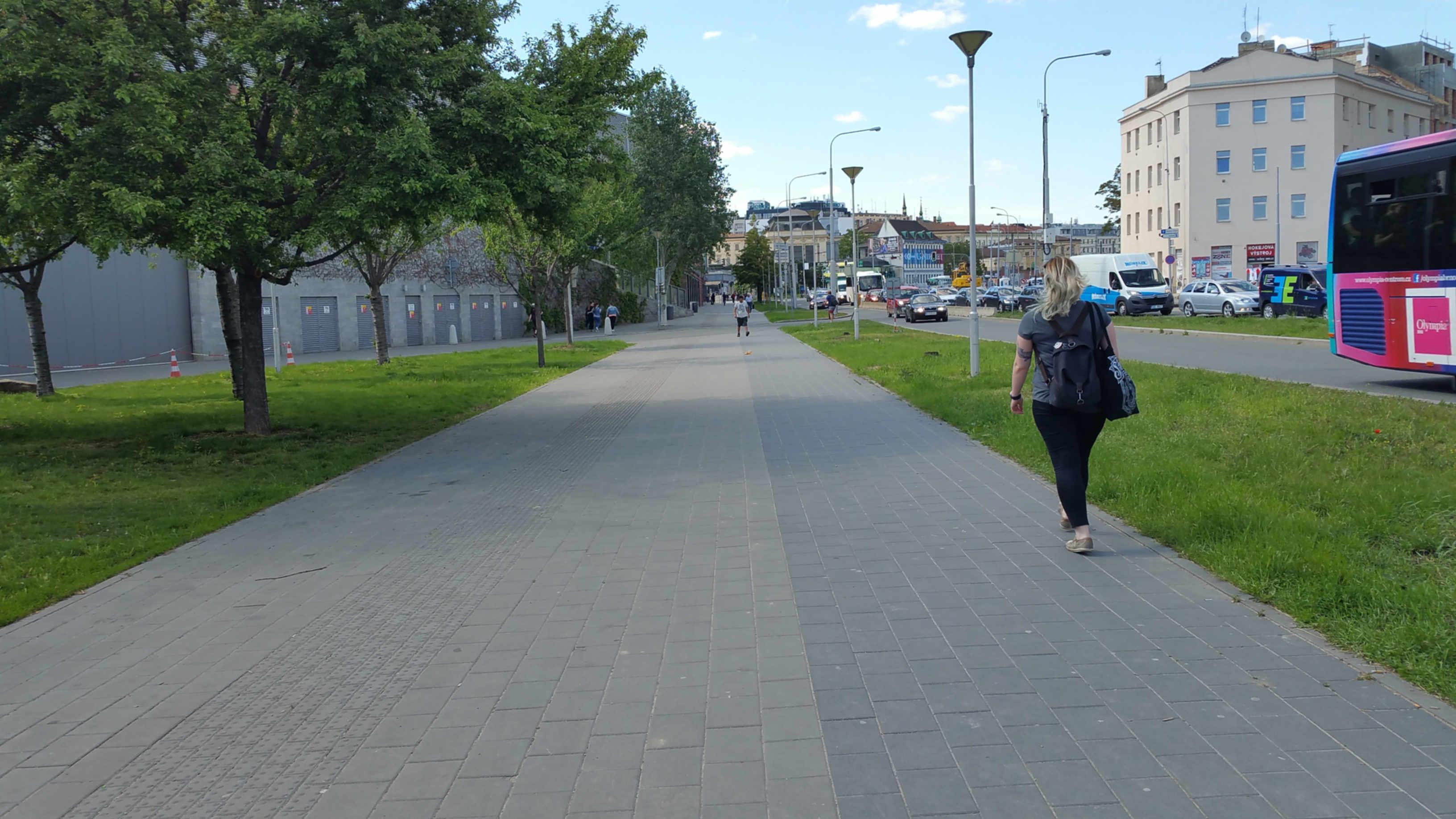 Železniční násep u Vaňkovky
