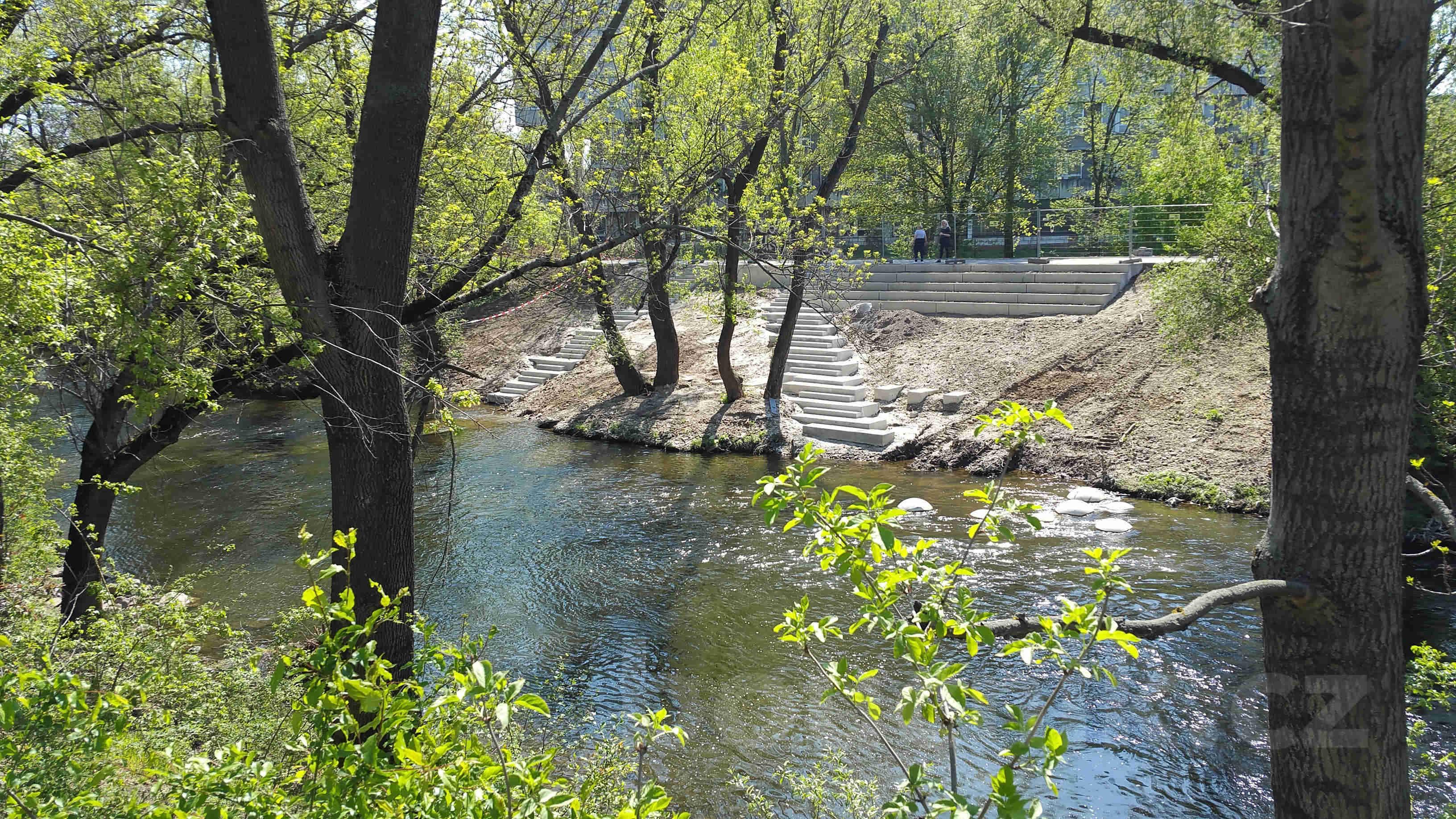 Schody do řeky Svratky
