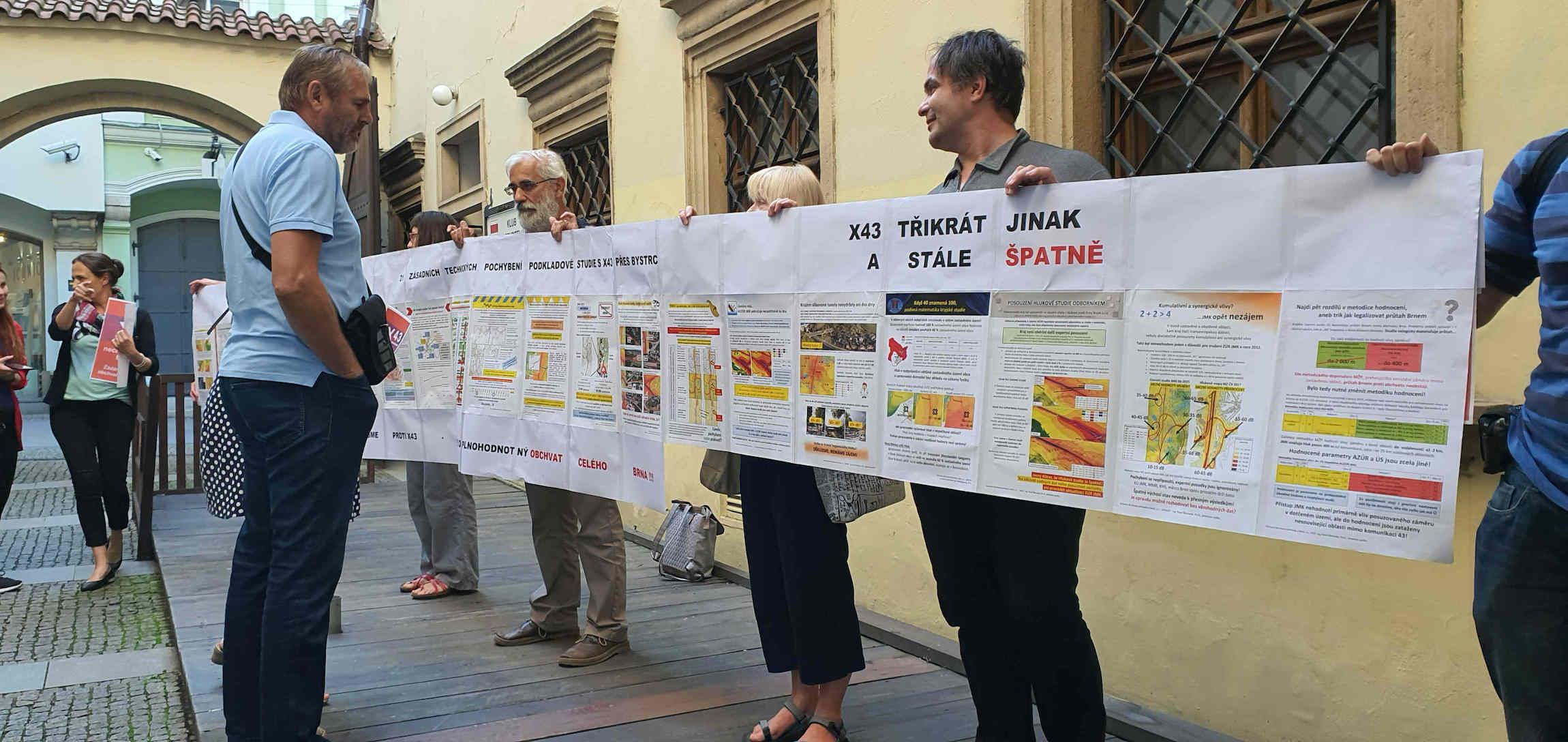 Protest proti R43