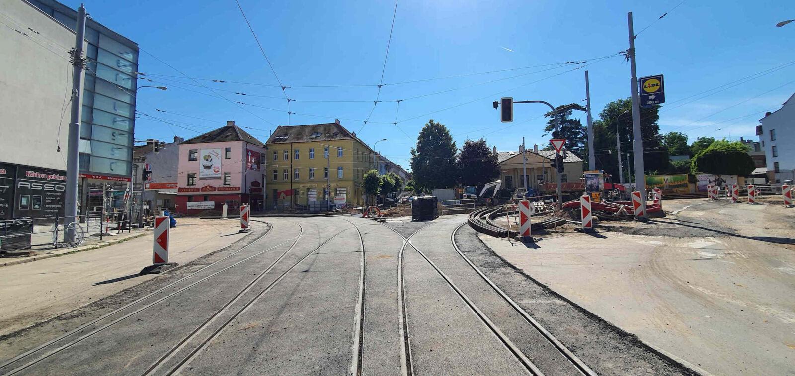 Rekonstrukce křižovatky u Semilassa